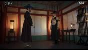 Drama Korea The Lovers Of Red Sky Episode 11 Sub Indo, Hong Cheon Gi Adalah Pelukis Ilahi yang Bisa Mengurung Iblis